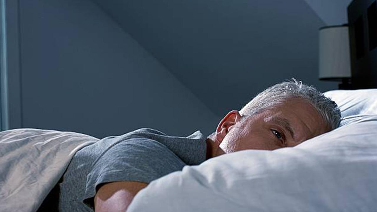Giải pháp nâng cao chất lượng giấc ngủ ở tuổi trung niên và người cao tuổi