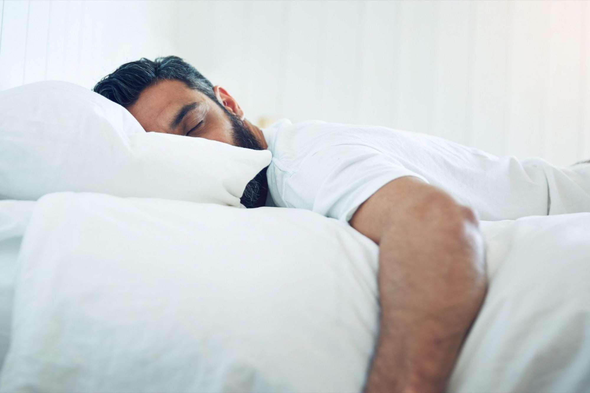 Ngủ nhiều có tốt không? Ngủ bao nhiêu là đủ?