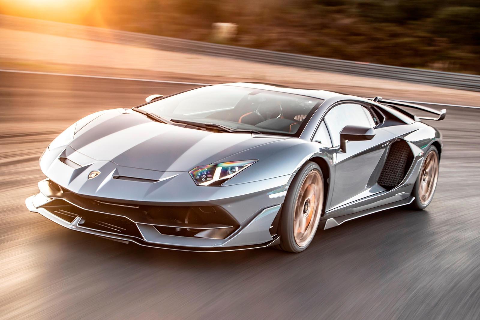 Lamborghini Aventador SVJ 2020 bị triệu hồi vì lỗi hy hữu